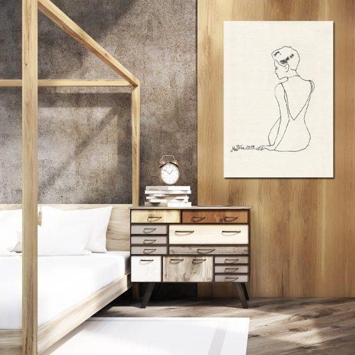 kremowy obraz na ścianę do sypialni z rysunkiem kobiety