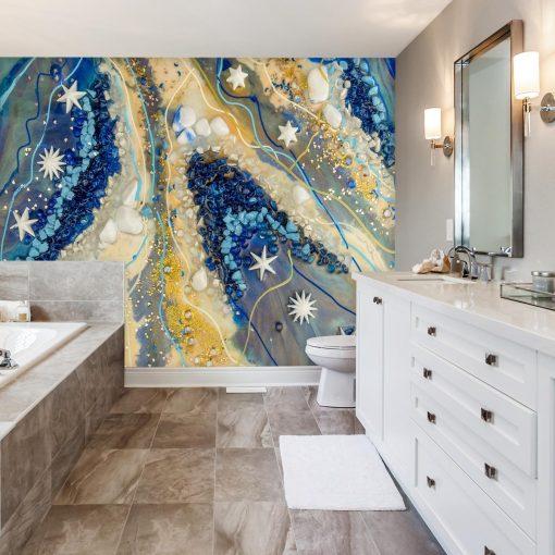 łazienka z malowana dekorowana fototapetą