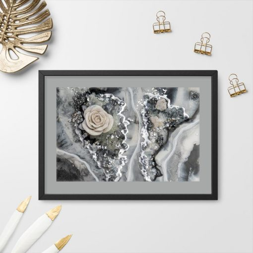 Plakat resin art z abstrakcyjną różą