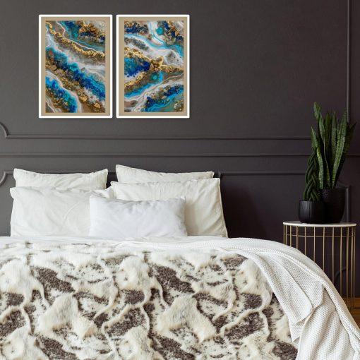 Plakat dyptyk z niebieską abstrakcją do sypialni