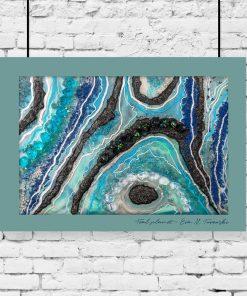 Plakat przedstawiający niebiesko-czarną abstrakcję